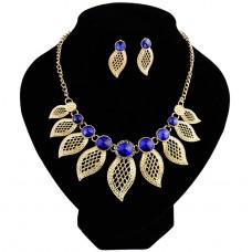Vintage stílusú nyaklánc és fülbevaló szett kristálykövekkel