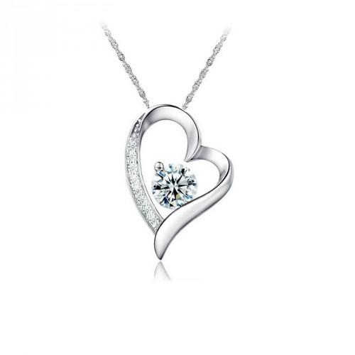 9179981ada Ezüst nyaklánc szív alakú kristályköves medállal
